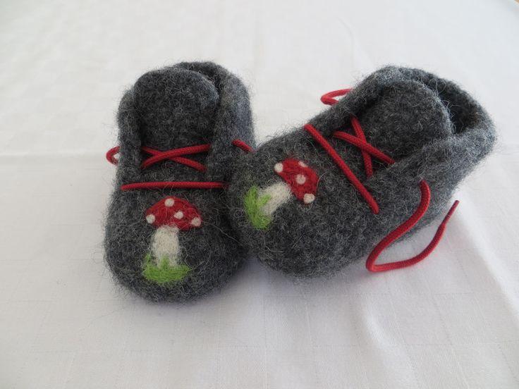 Babyschuhe, gefilzt (Gr.2) von zwergerlstrick auf DaWanda.com