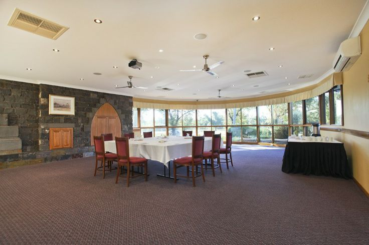 Bendigo Accommodation: Comfort Inn Julie-Anna 268 Napier Street, Bendigo VIC 3550 (03) 5442 5855 · julieanna.com.au