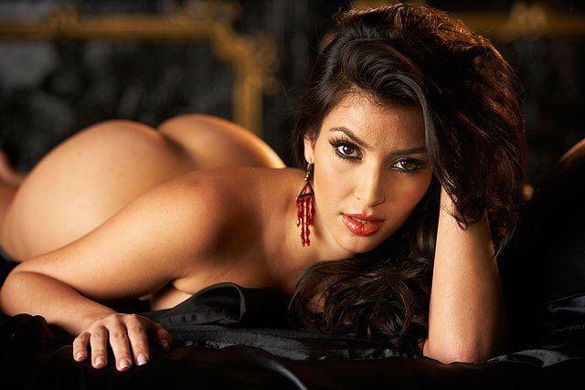 Kim Kardashian's Butt is... Well - Butt Naked! - Kim Kardashian Style
