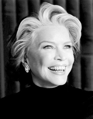 Ellen Burstyn: Teensie, ever since you quit drinkin' nothing you say makes any sense...