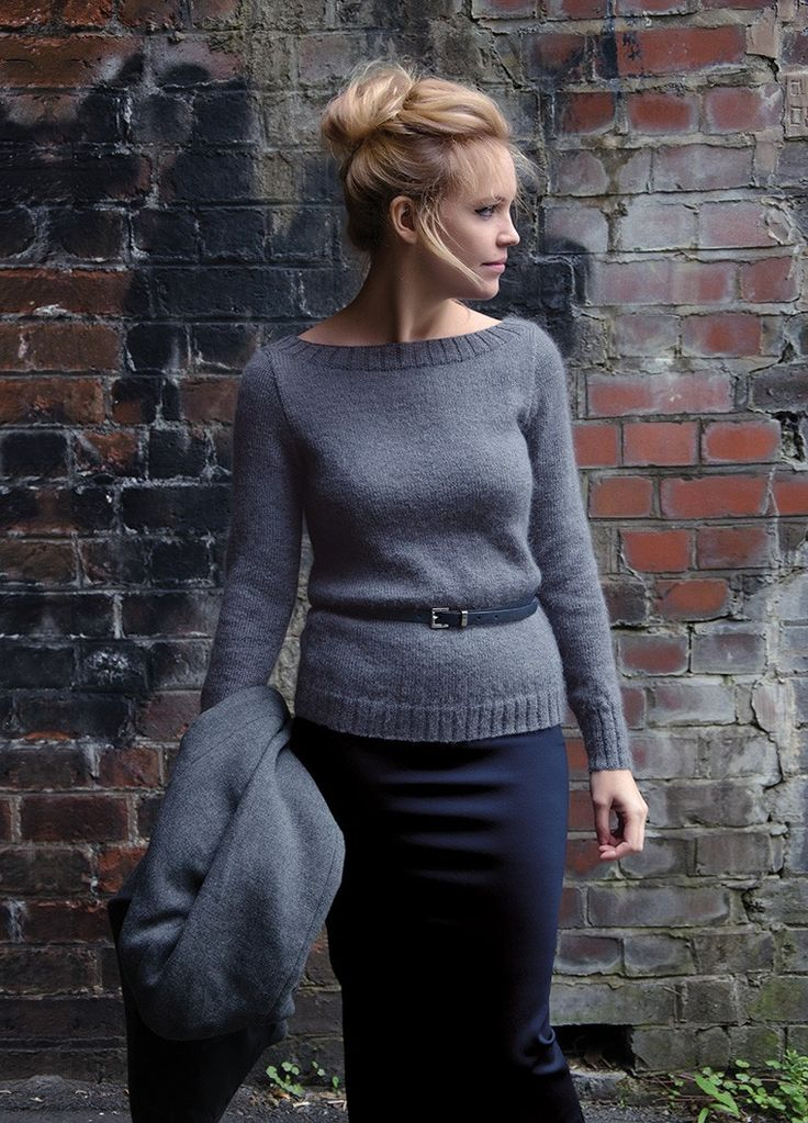 NORTH | Kim Hargreaves SWAY neat stylish sweater with scooped back