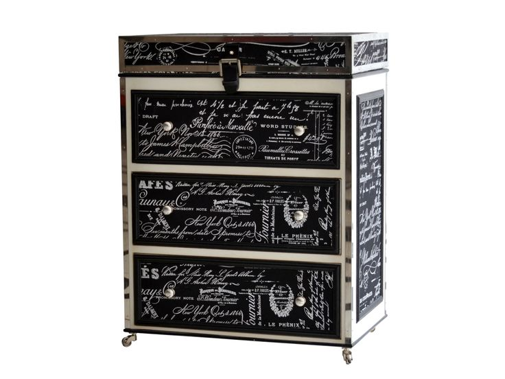 Monte Carlo Trunk/Chest http://strutliving.com.au/french-provincial-furniture/542-monte-carlo-chest.html