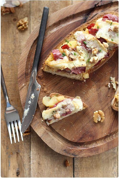 Tartines de pommes au magret de canard et maroilles | chefNini