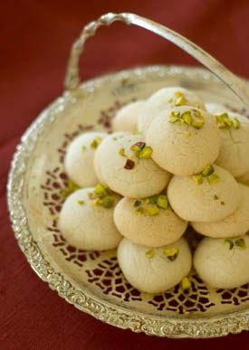 "Persian rice cookies. One of ""Around the World in Four cookies"". Link also includes Scourtins (French Olive Cookies), Polish Raspberry Mazurkas, and Ricciarelli (Sienese Almond Cookies)."