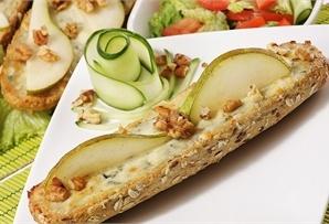 Zapiekanki z serem pleśniowym i orzechami/ gratin with blue cheese and walnuts, www.winiary.pl