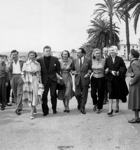 Au Festival de Cannes, en 1953 avec Dany Robin, Kirk Douglas, Olivia de Havilland, Edward G Robinson, Claude Farrel