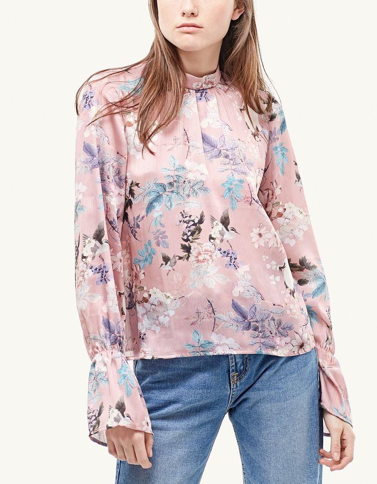 Floral print blouse with Perkins collar - Košulje | Stradivarius Hrvatska