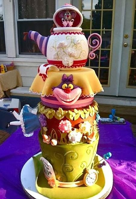 """Found on cakewrecks.com (and is obviously not a cake wreck!) ;) - a wonderful """"Alice in Wonderlnd"""" cake!"""
