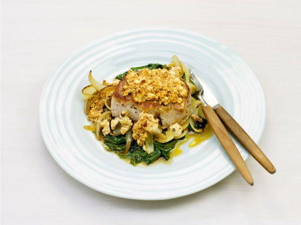Ovnsstekt svinefilet med spinat og fetaost