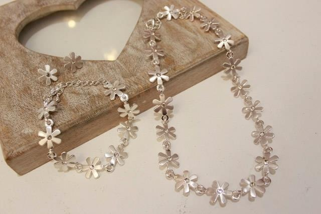 Daisy jewellery set