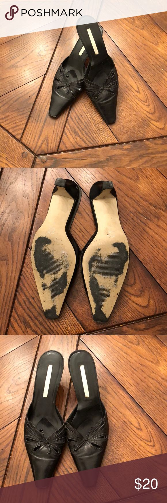 ❄️Just In❄️ Gianni Bini Mules Black Gianni Bini mules in size 9. Purchase by 4:00 pm CT for same day shipping. Gianni Bini Shoes Mules & Clogs