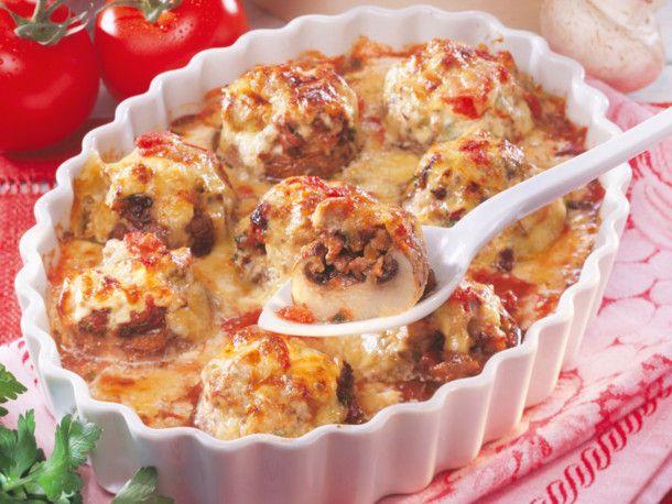 Gefüllte Champignons in Tomaten-Sahne