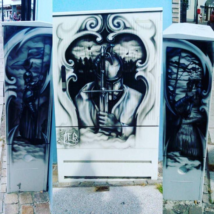 Heute entdeckt in Balingen. Mittelalter Ritter Grafito. #balingen #graffiti #grafito #mittelalter #middleage #ritter #knight #blackandwhite #streetart #artoftheday #artwork #workart #art #kunst #kunstwerk #strassenkunst #streetpainting #instacolor #instaphoto #instapicture #instapic #instagood #instaart