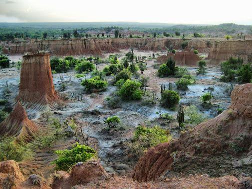 Huila, villavieja. Desierto la Tatacoa - Laberintos del cusco