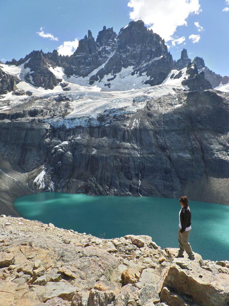 La monumentalidad de la naturaleza en el trayecto Carretera Austra Sur. Cerro Castillo, XI Región de Aysen, Chile.