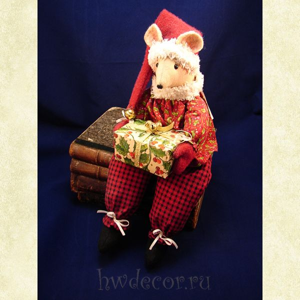 Примитивная кукла Мышкино Рождество