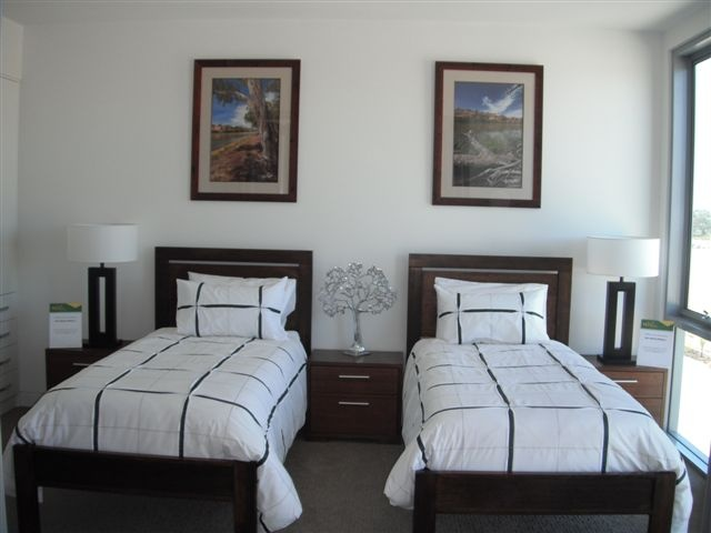 Guest room or room for the kids, you choose! They will sleep so well :)