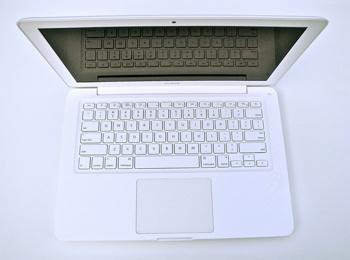 13-inch MacBook Unibody White