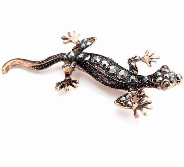 European Fashion Geckos Brooch //Price: $0.00 & FREE Shipping //     #Wedding Rings   European Fashion Geckos Brooch         Wholesale prices on quality jewelry. Rebates Up to 80% OFF!  100% High quality! Factory Clearance price!  This one of a kind piece is trendy and unique.        1)Material: Alloy + Crystal Brooch  2)Color: as picture  3)Package:OPP bags, Outer carton  About Product size: manual measurement, permissible error.  Because of ...  16.68,   0.00…