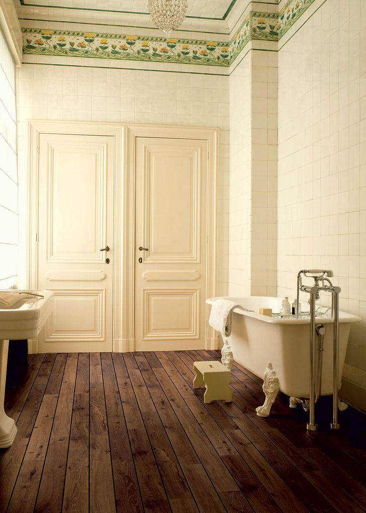 QuickStep Laminate Flooring Lagune Vintage Oak Dark Varnished - Quick step lagune bathroom laminate flooring for bathroom decor ideas
