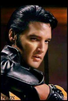 """( ☞ 2017 IN MEMORY OF ★ † ELVIS  PRESLEY. ) ★ † ♪♫♪♪ Elvis Aaron Presley - Tuesday, January 08, 1935 - 5' 11¾"""" - Tupelo, Mississippi, USA. † Died; Tuesday, August 16, 1977 (aged of 42) Resting place Graceland, Memphis, Tennessee, USA. ★ Priscilla Ann Wagner - Thursday, May 24, 1945 - Tupelo, Mississipi, USA. (m. 1967; div. 1973) ★ Lisa Marie Presley - Thursday, February 01, 1968 - Memphis, Tennessee, USA."""