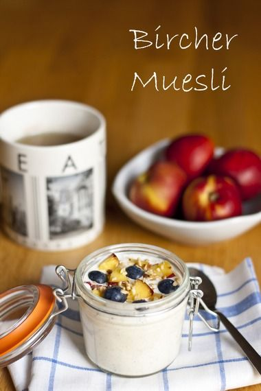 Bircher Muesli : The original overnight oats recipe; simple, delicious, and healthy! Perfect for weekday mornings.