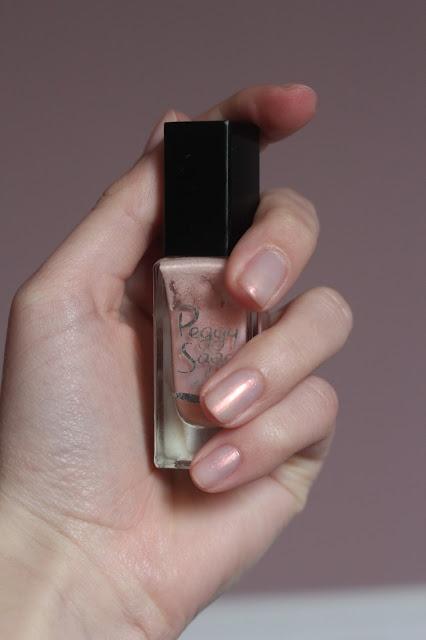 Axelle et ses caprices: Mes ongles (presque) naked (Coucher de soleil par Peggy Sage)
