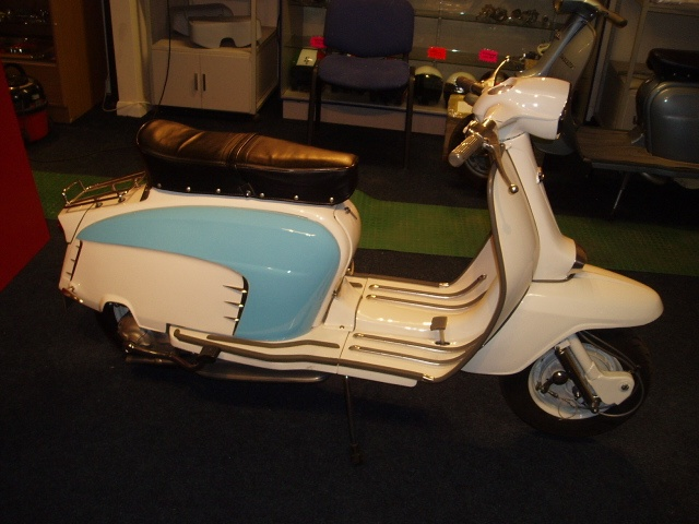 Lambretta TV/GT 200. I had one of these in white and green.