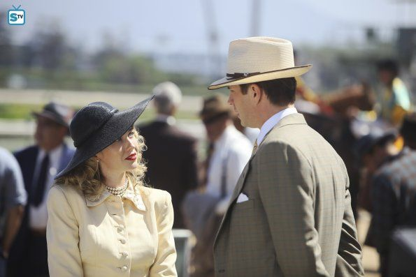"#AgentCarter 2x01 ""The Lady in the Lake"" - Whitney Frost / Madame Masque (star, Wynn Everett) and Jarvis"