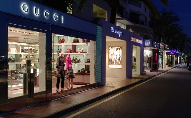 Puerto Banus Shopping.  When it comes to hitting the shops, Puerto Banus doesn't disappoint – for such a small area it competes with many big cities in terms of the range of luxury designer shopping which it offers up.