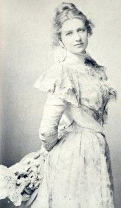 The beautiful Nance O'Neill, romantically linked to Lizzie Borden after the murders of Lizzie's father and stepmother