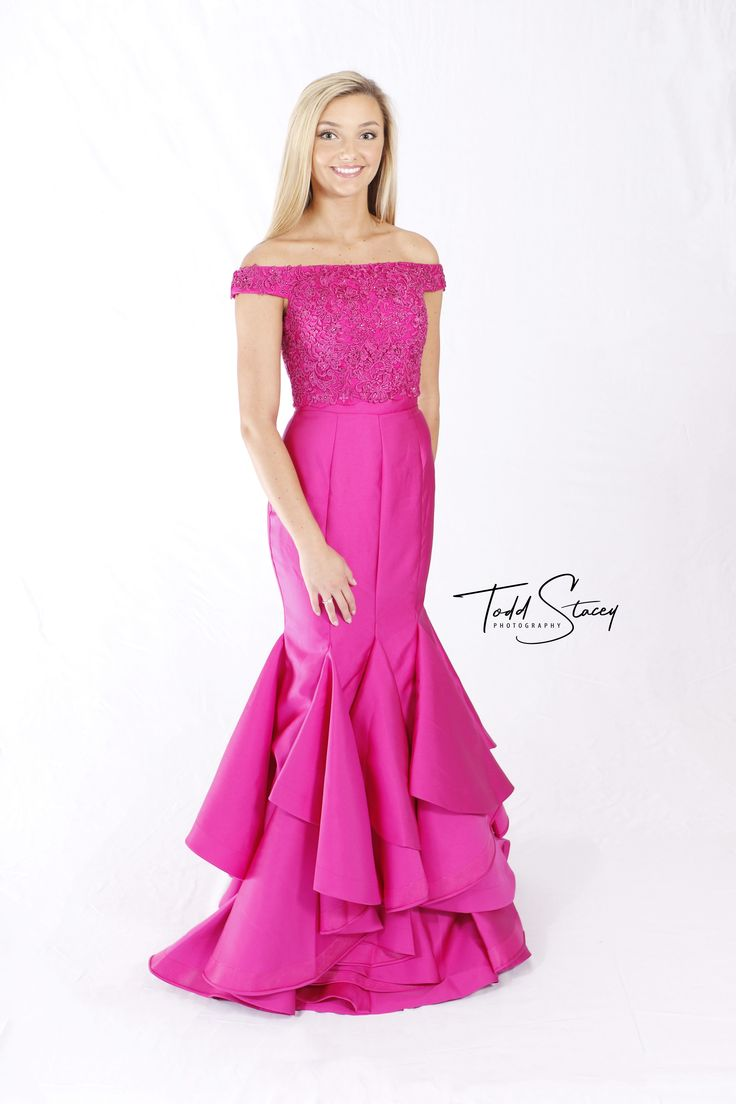 11 best Sexy 2018 Prom Dresses #prom2k18 images on Pinterest | Ball ...