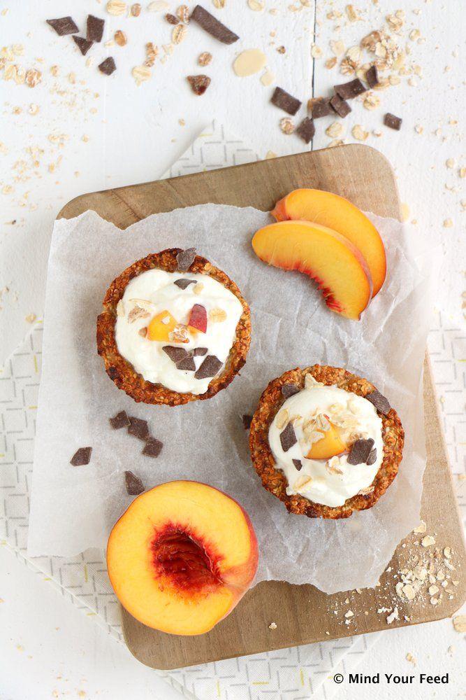 Havermout cups met yoghurt en perzik - Mind Your Feed
