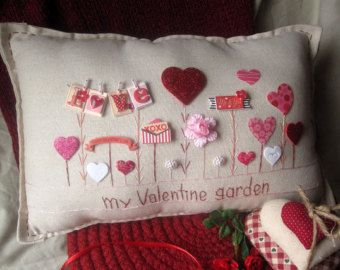 Old Fashioned Summer Garden Pillow Cottage Style by PillowCottage