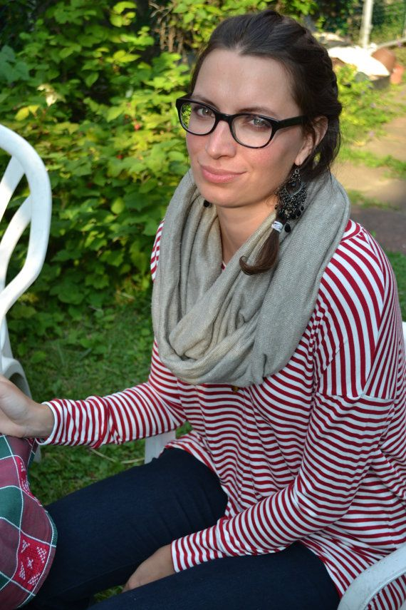 Natural linen infinity scarf by Hanna Broer