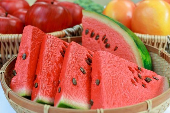 Confira os benefícios e propriedades da melancia e do chá das suas sementes, um grande aliado para o bom funcionamento do nosso organismo.