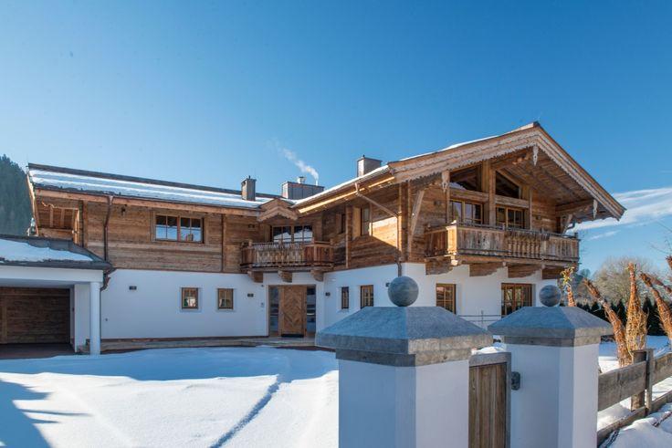 Immobilien Kitzbühel -4- Großzügiger Hof im Alpen Panorama