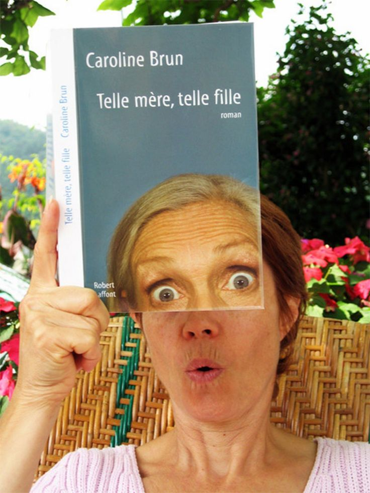30 Bookface Pictures: A Fun Way To Show Off Your Bookishness