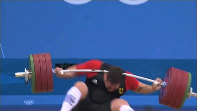 German Weightlifter Matthias Steiner Drops 432 Pounds(196 kg) on Head and Lives.