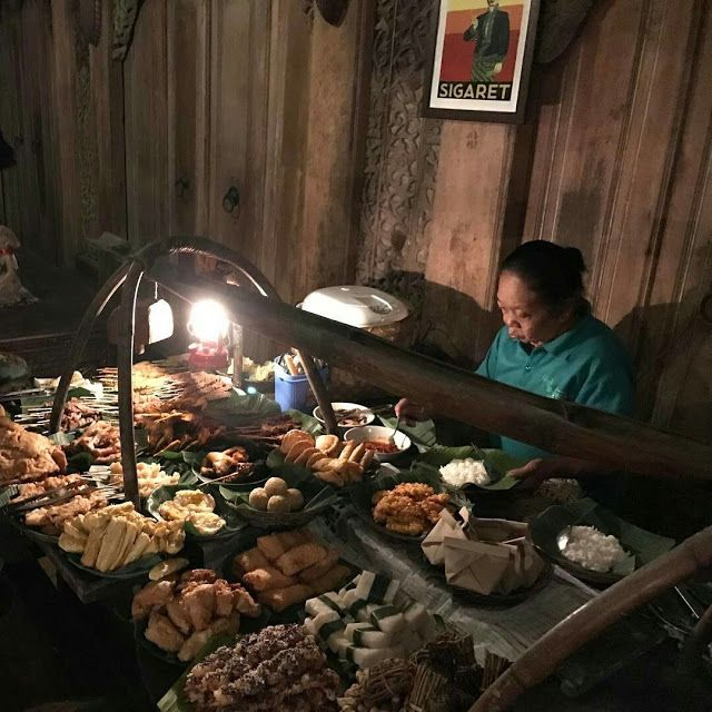 Wedangan Pendopo Solo, Serasa Kembali ke Masa Lampau