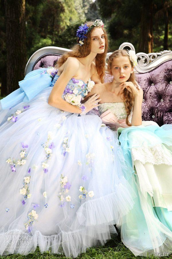 まるで妖精さん♡花びらたっぷりカラードレスが可愛いブランドまとめ*にて紹介している画像