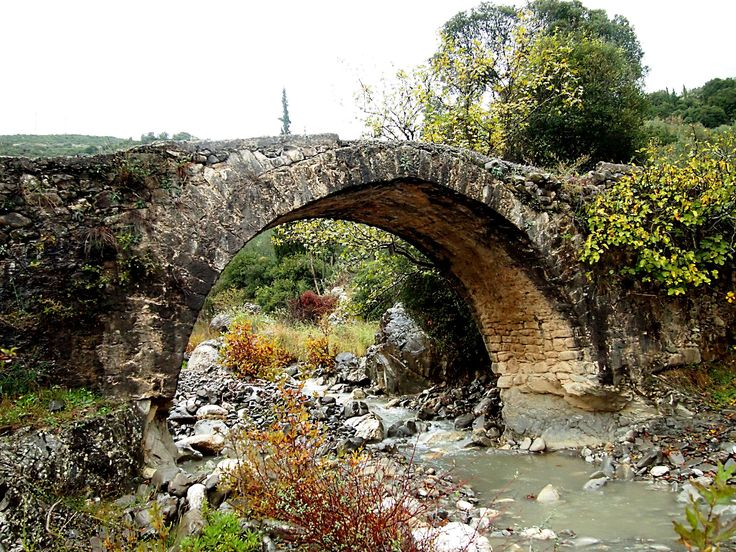 https://flic.kr/p/jsKLHA | Arcadia - Arched bridge on the Touthoas river | Stone built bridge in Phouskari,near to Lefkochori which is a mountain village in the municipal unit of Lagkadia in Arcadia, Greece. It is 5 km west of Lagkadia.
