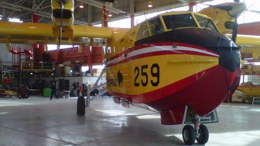 Manitoba adds water bomber to its fire-fighting fleet
