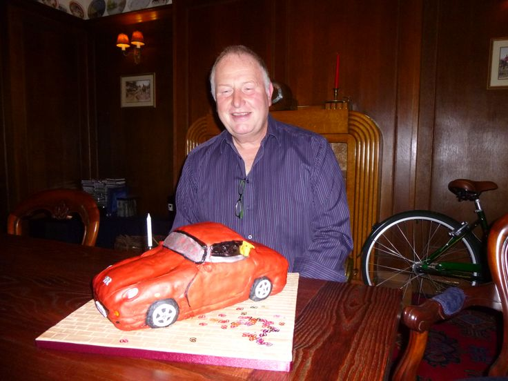 Roy and his TVR cake