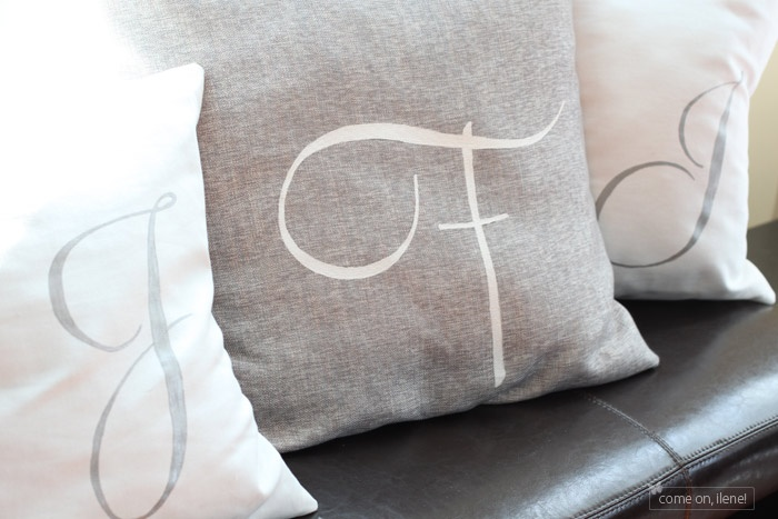 Monogrammed pillow DIY just silhouette + fabric paint!