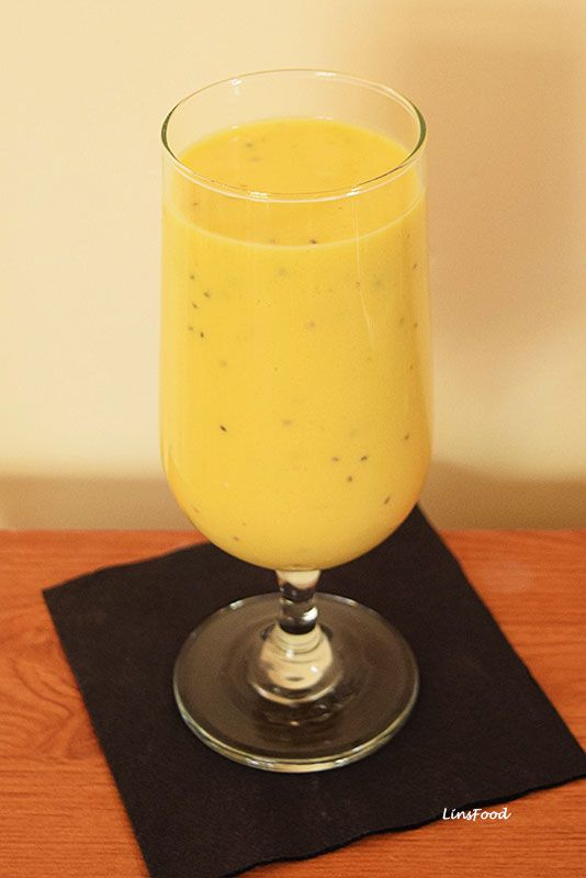 This Kefir, Mango and Banana Protein Smoothie is a delicious smoothie rich in goodness and probiotics. We are using Milk Kefir, a cultured, probiotic drink.