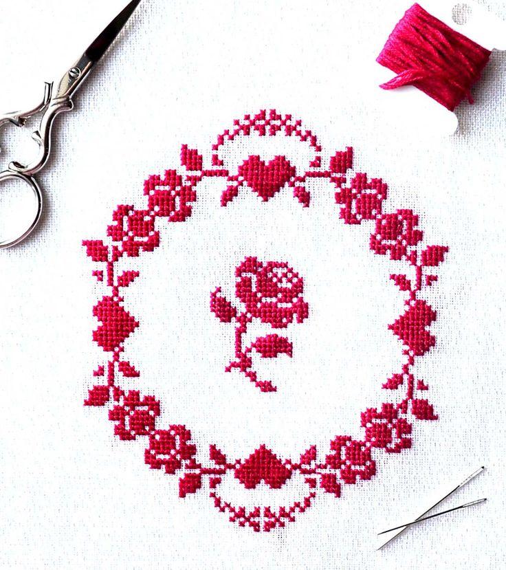 red+roses+crop.jpg (1354×1526)
