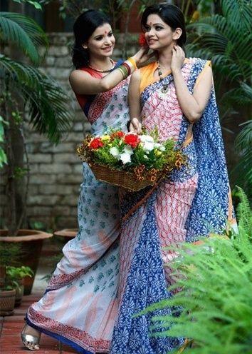 Famous saree styles for Durga Puja