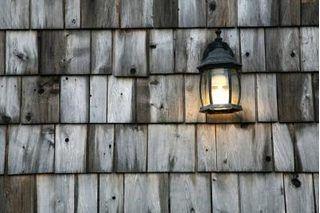 How to Restore and Maintain Cedar Shingle Siding | eHow