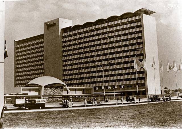 Hotel Indonesia - Jakarta, 1962